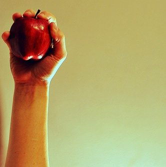 apple hand