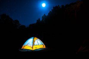 camping-moonlight