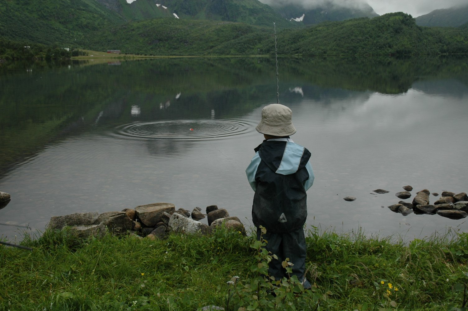 Teach Your Kids to Fish in 7 Simple Steps