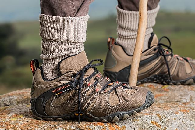 4 Tips for Preparing for a Hike