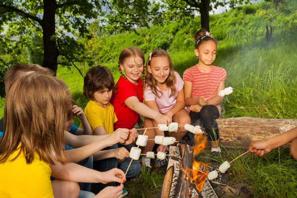 Introducing Your Child to the Great Outdoors: Your First Camping Trip Together